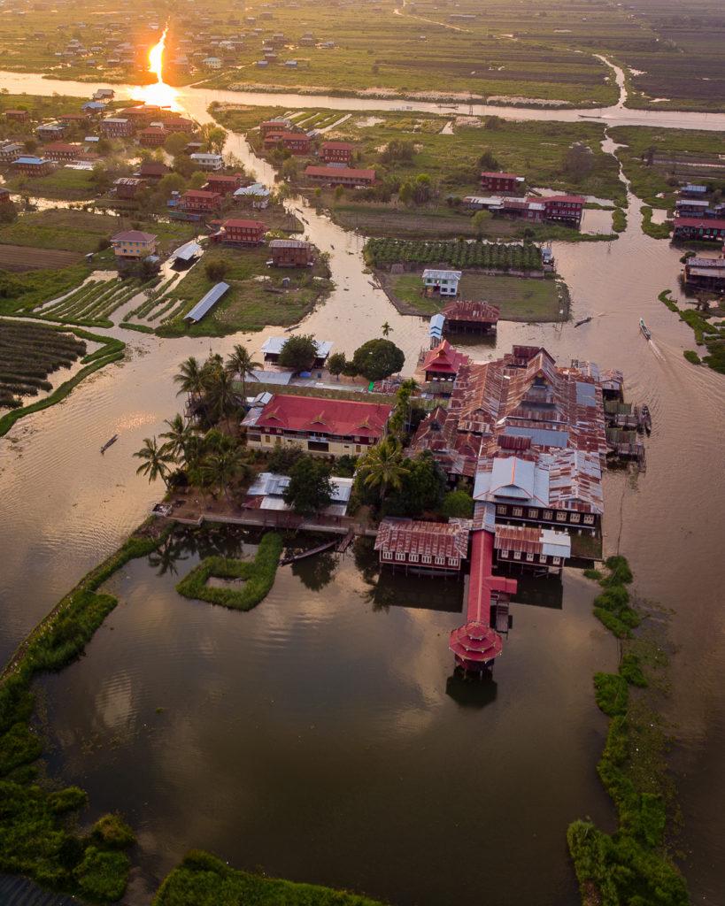 Nga Phe Kyaung wooden monastery - Inle Lake